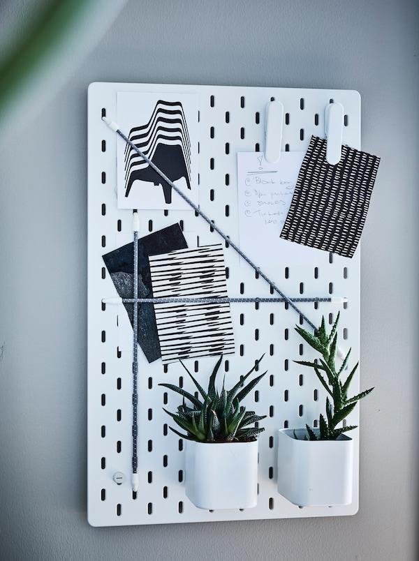 tablero perforado para colgar en la pared