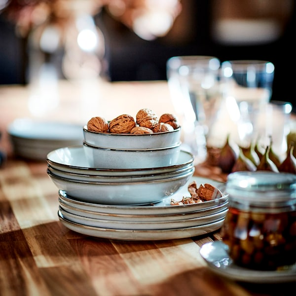 Tableware and glassware material guide