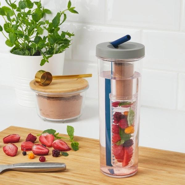 The UPPLADDA plastic bottle with fruit