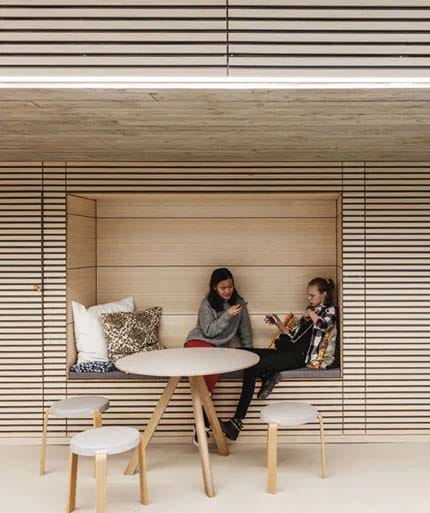 the-urban-living-room-at-the-red-cross-volunteer-house-in-copenhagen