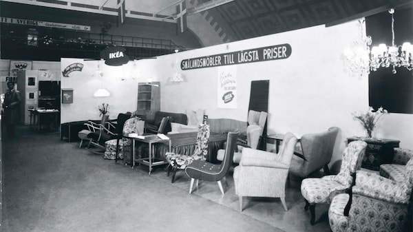 The very first IKEA showroom in Älmhult in a black and white photo.