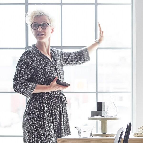 Tina Hellberg, décoratrice d'intérieur chez IKEA.