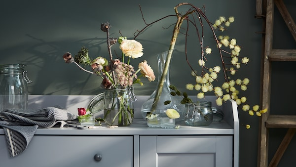 Tips and ideas for displaying flowers