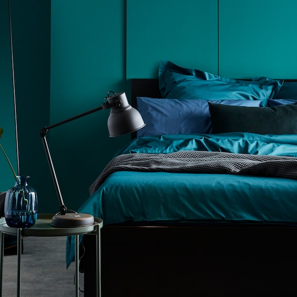 Tips on using colour in your bedroom.
