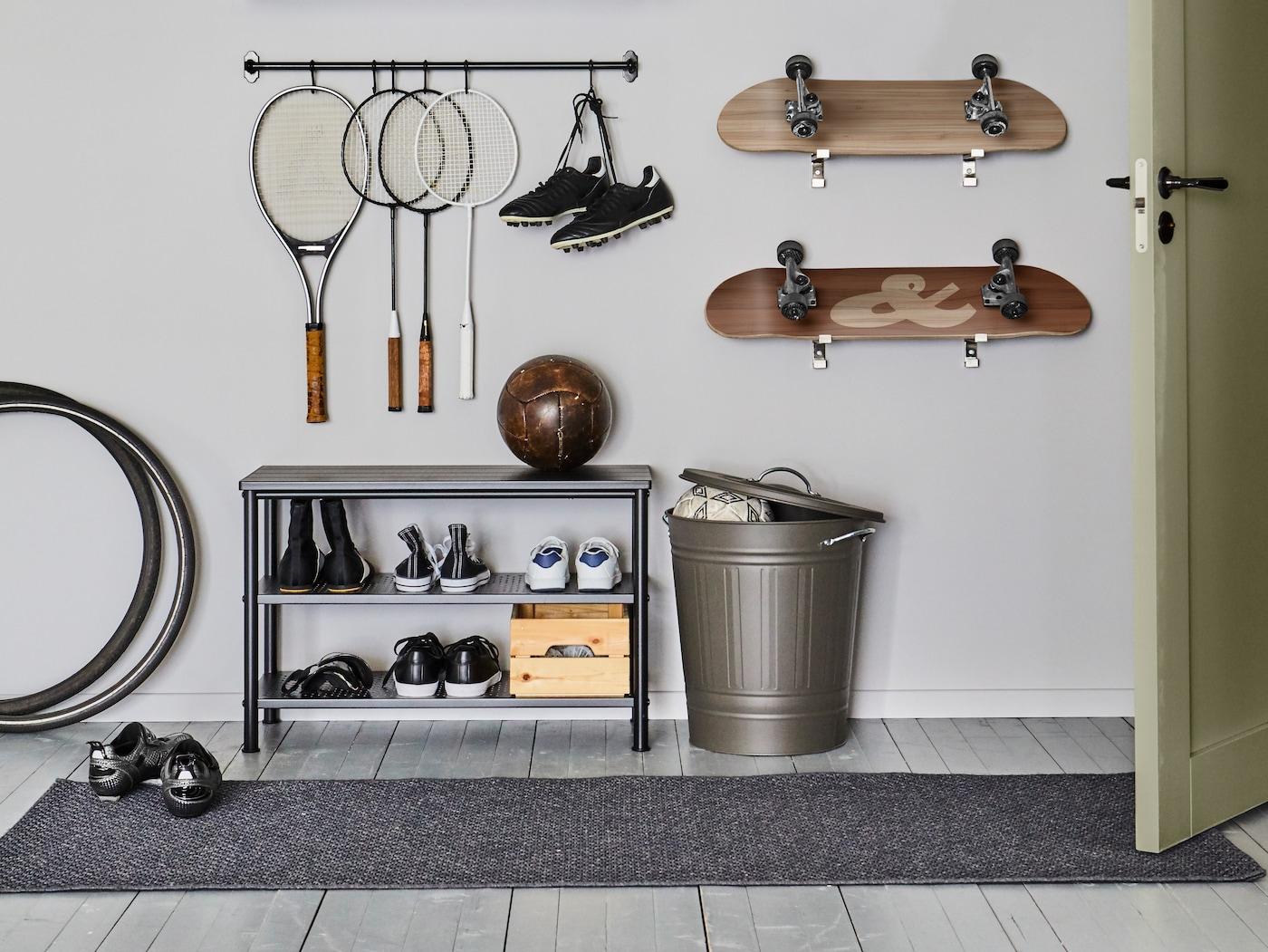 Entrémøbler skoskap, knagger, speil, kommoder mm. IKEA