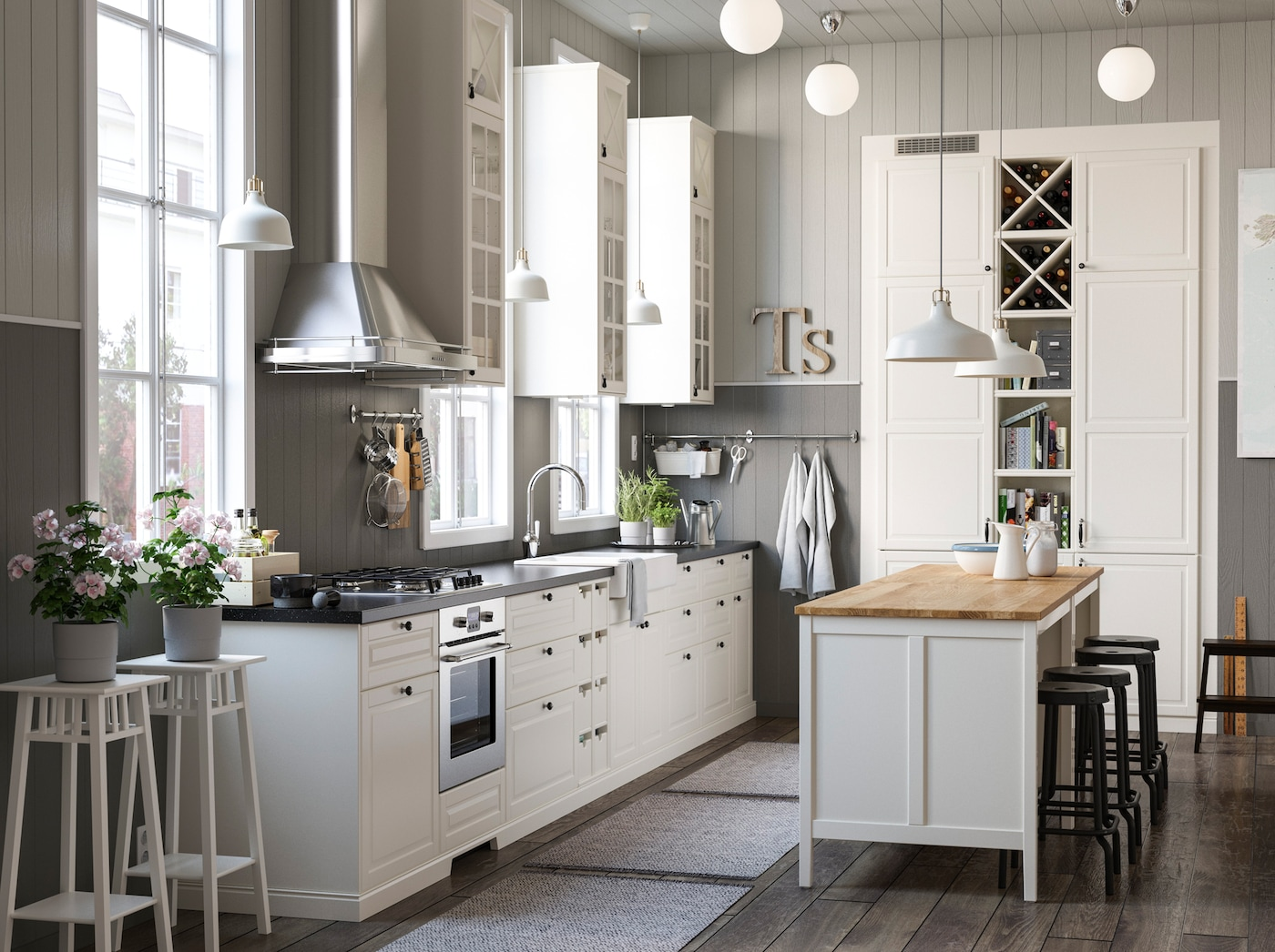 TORNVIKEN مجموعة المطابخ من ايكيا توفر لك تخزين المطبخ المغلق والمفتوح باللون الأبيض من الرفوف والخزائن مختلفة الأحجام لتناسب احتياجات مطبخك.