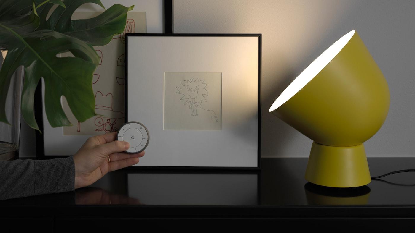 smarta led lampor smart belysning ikea. Black Bedroom Furniture Sets. Home Design Ideas