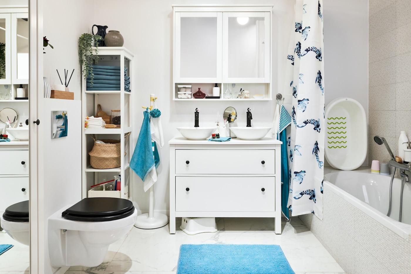 Tradycyjna łazienka dla rodziny z dziećmi