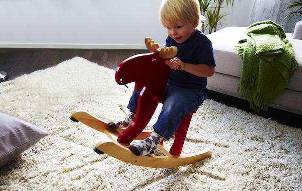 Ikea Alce A Dondolo.Giochi Classici In Legno Per Bambini Ikea It