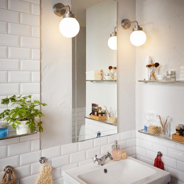 Une Salle De Bain Hemnes Classique Et Apaisante Ikea