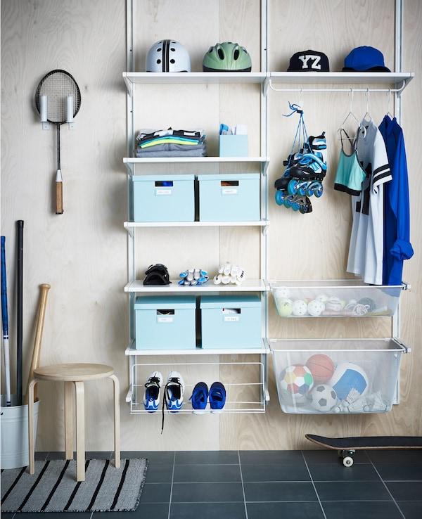 Un sistema de almacenaje ALGOT es ideal para organizar el recibidor.