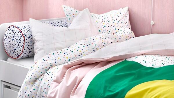 Una coperta nuova colora il tuo relax