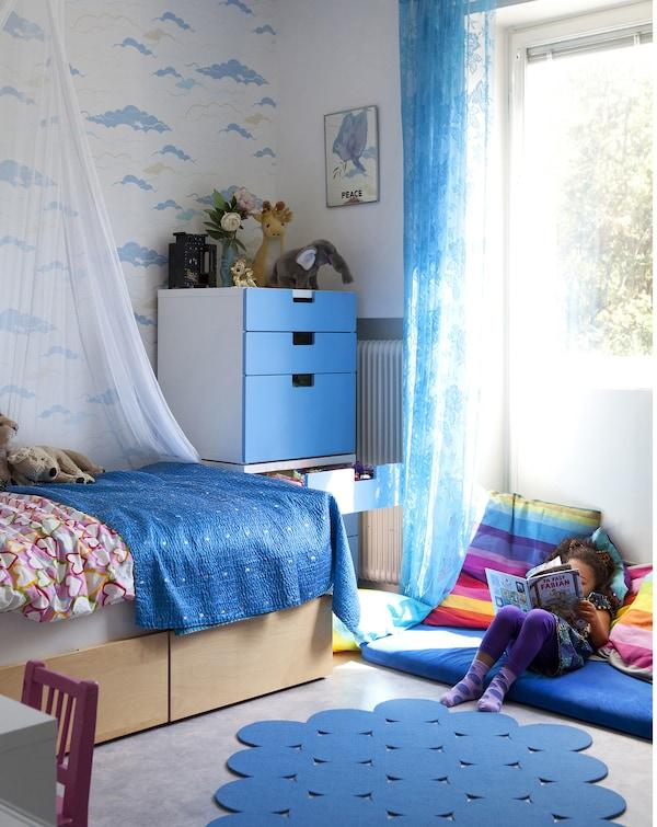 Usa el color favorito de tu hijo para crear un esquema cromático personalizado.
