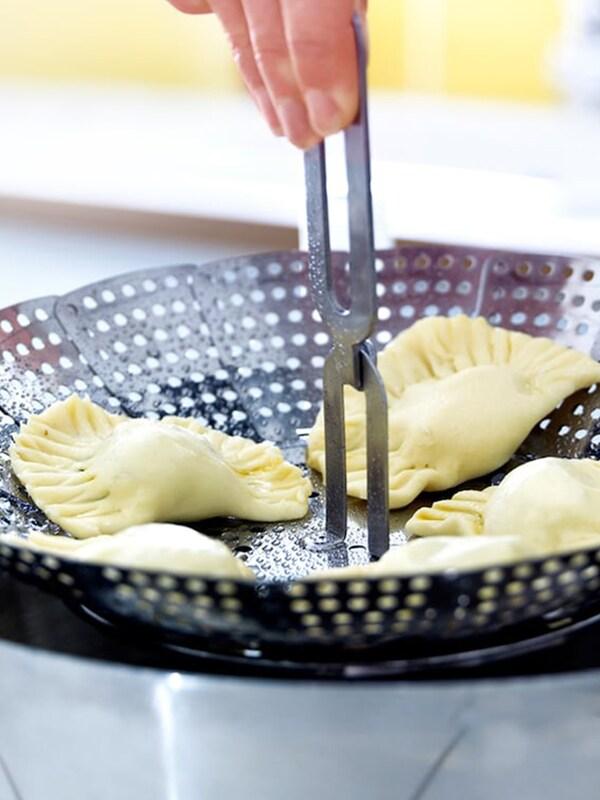 Ustensiles de cuisine et art de la table