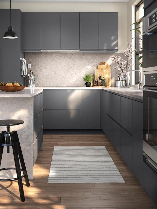 VOXTORP grey kitchen