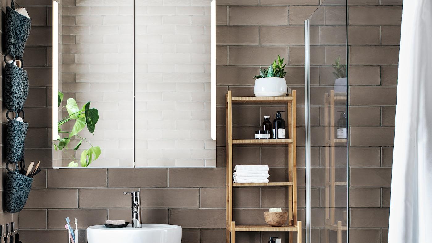 21 Brilliant Bathroom Mirrors White: Bathroom Mirrors