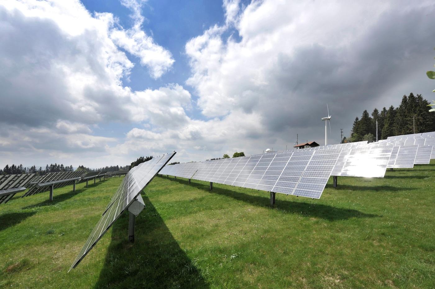 Wie viel Sonnenstrom braucht die Schweiz?
