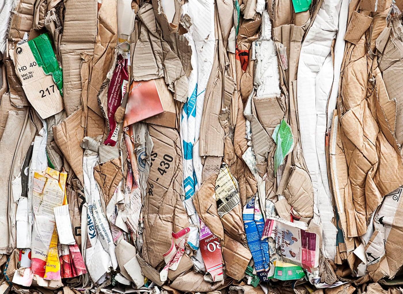 Wir bei IKEA betrachten Abfall als etwas Wertvolles und wir möchten dir dabei helfen, es genauso zu sehen. Denn wenn wir weniger Abfall produzieren, können wir den kommenden Generationen einen saubereren, intakteren Planeten überlassen.