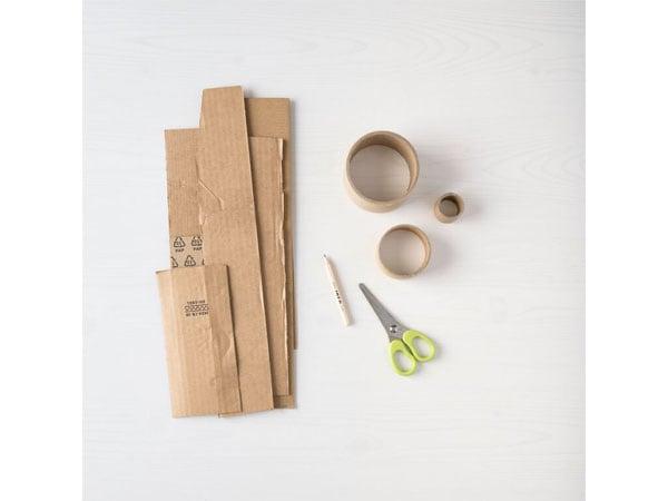 wycinanie z kartonu