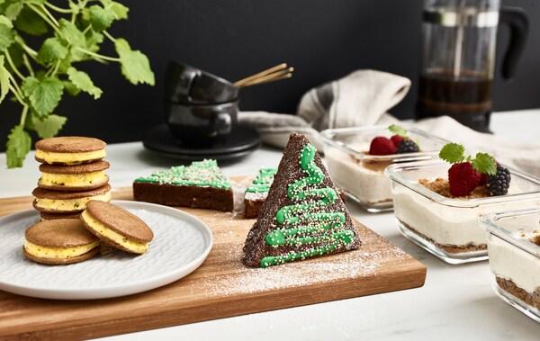 Zaboravi na pečenje kolača u posljednji čas. Unaprijed se pripremi za ovogodišnje blagdane s pomoću nekoliko prethodno napravljenih i zamrznutih slastica, koje se mogu poslužiti u svakom trenutku.