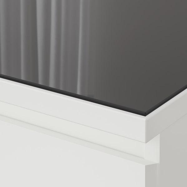 Защитите поверхность комодов из серии МАЛЬМ от царапин и повреждений с помощью столешницы из закаленного стекла