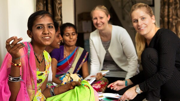 Zástupci IKEA se setkali s místními řemeslníky z Indie.