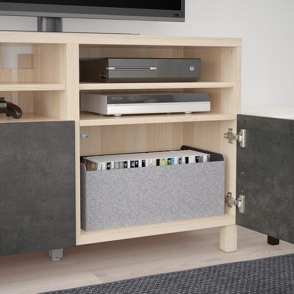 BESTÅ Mobile TV con ante, effetto rovere con mordente bianco Kallviken/Stubbarp/grigio scuro effetto cemento, 120x42x74 cm