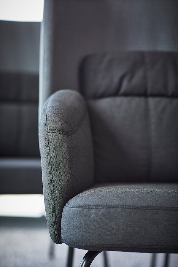 BINGSTA Poltrona, Vissle grigio scuro/Kabusa grigio scuro
