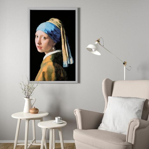 BJÖRKSTA Canvas con cornice, Ragazza con l'orecchino di perla/color alluminio, 78x118 cm