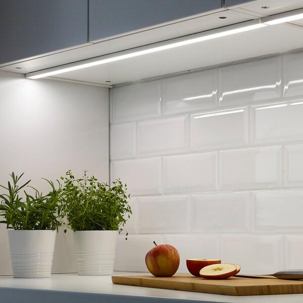 ikea lampade sotto pensili cucina