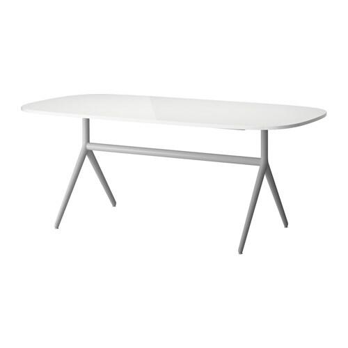 OPPEBY Tavolo IKEA La superficie molto lucida riflette la luce e dona ...