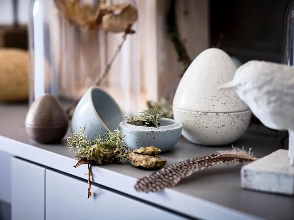 RÅDFRÅGA Set di 3 decorazioni, uovo marrone/grigio/bianco