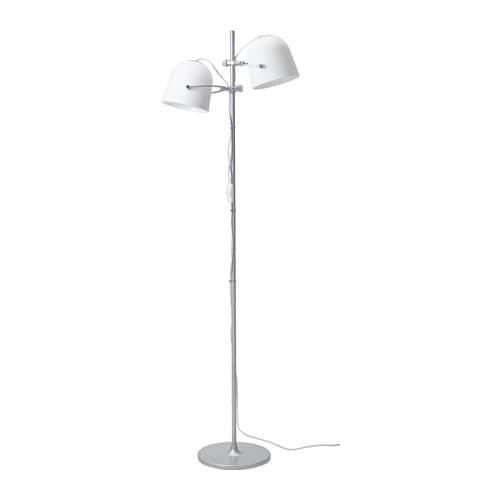Svirvel lampada da terra con 2 paralumi ikea for Ikea lampada scrivania