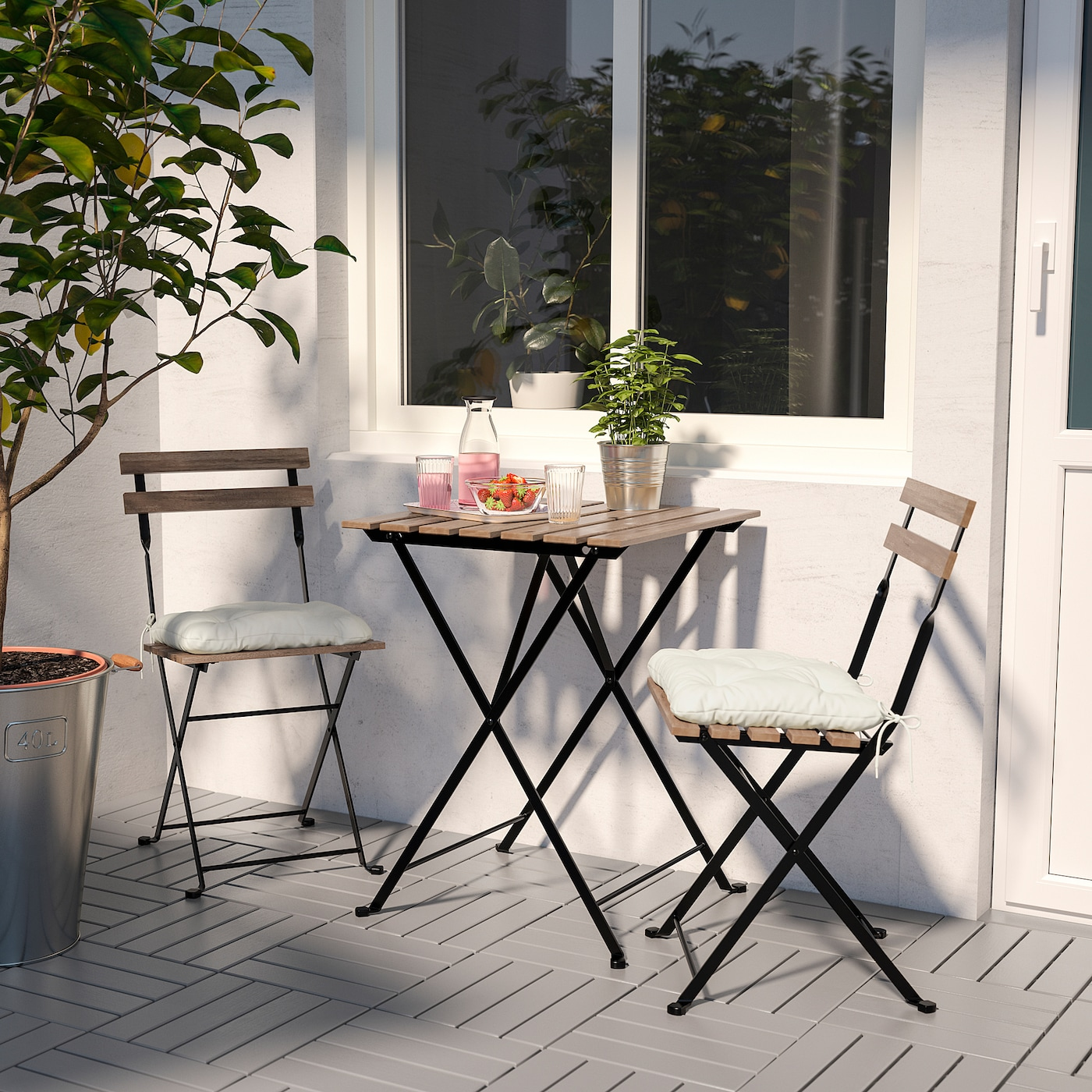 TÄRNÖ Tavolo da giardino nero acacia, acciaio mordente grigio tortora mordente marrone chiaro 55x54 cm