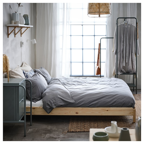 UTÅKER Letto impilabile con 2 materassi, pino/Moshult rigido, 80x200 cm