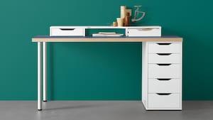 Serie di tavoli e scrivanie componibili