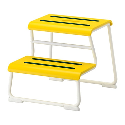 GLOTTEN Step stool   Anti-slip cover on top reduces the risk of slippage.