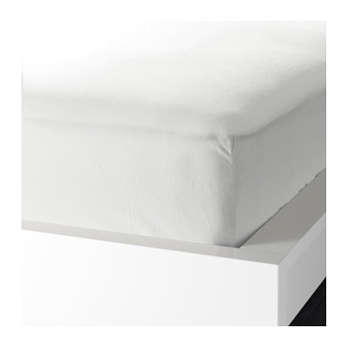 KNOPPA Fitted sheet   The polyester/cotton blend is easy to care for since the fabric is less liable to shrink and crease.