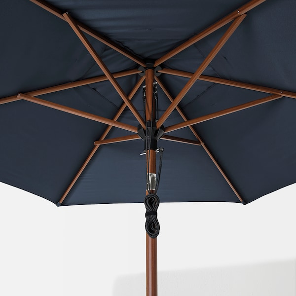 BETSÖ / LINDÖJA Parasol with base, brown wood effect dark blue/Grytö, 300 cm