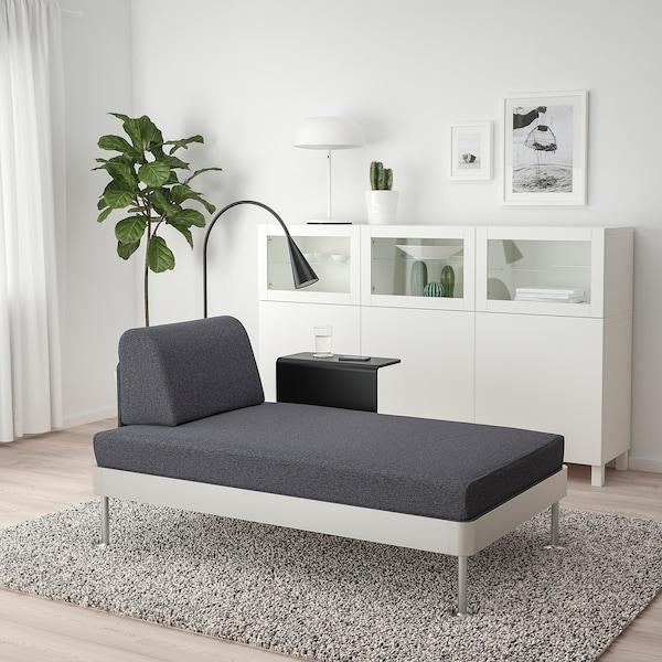 DELAKTIG Chaise longue w side table and lamp, Gunnared medium grey