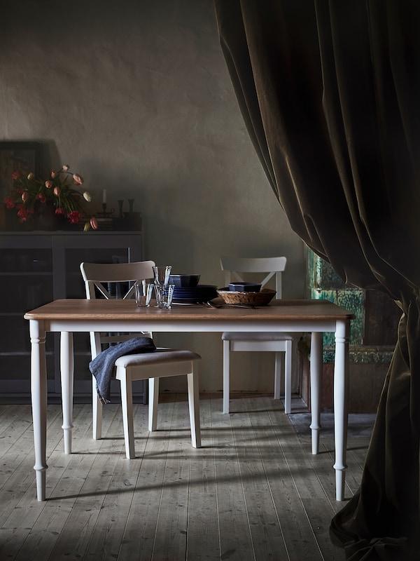 DANDERYD ダンデリード ダイニングテーブル, オーク材突き板/ホワイト, 130x80 cm