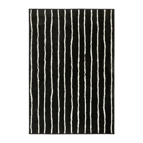 GÖRLÖSE ラグ パイル短 IKEA 厚手のパイル。ソフトな感触で音を和らげる効果があります パイルには合成繊維を使用。丈夫で汚れに強く、お手入れも簡単です