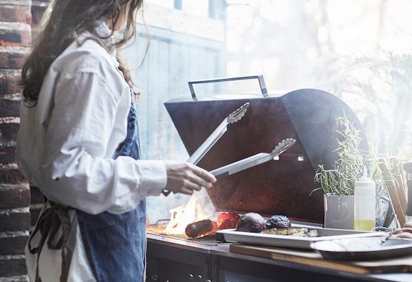 GRILLSKÄR グリルシェール アウトドア用キッチン シンクユニット/チャコールバーベキュー付き, ステンレススチール, 344x61 cm