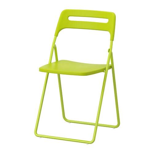 NISSE 折りたたみチェア IKEA 使わないときはコンパクトにたためます 椅子はフックで壁に掛けて収納できます