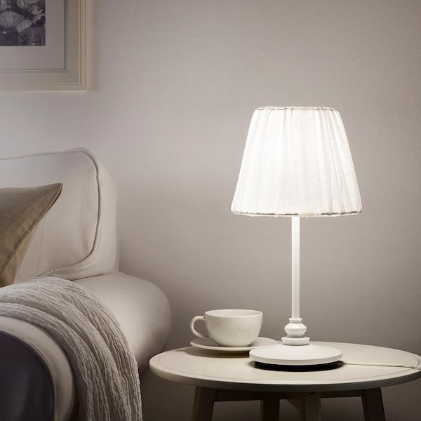 ÖSTERLO オーステルロ テーブルランプ