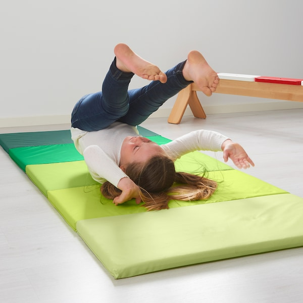 IKEA ペルフスィッグ 折りたたみ式ジムマット