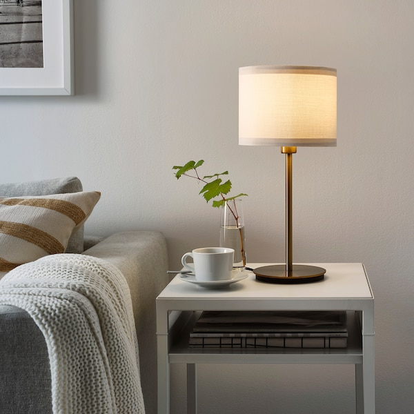 RINGSTA リングスタ / SKAFTET スカフテート テーブルランプ, ホワイト/真ちゅう, 41 cm