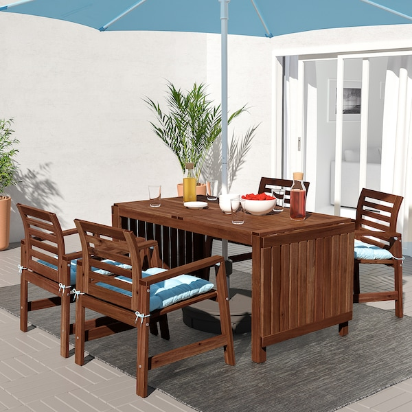 ÄPPLARÖ Table+4 chairs w armrests, outdoor, brown stained/Kuddarna light blue