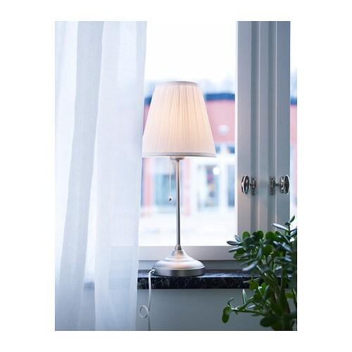 ÅRSTID 오르스티드 탁상스탠드 IKEA 텍스타일 전등갓으로 은은하고 아름다운 조명효과를 느낄 수 있습니다.