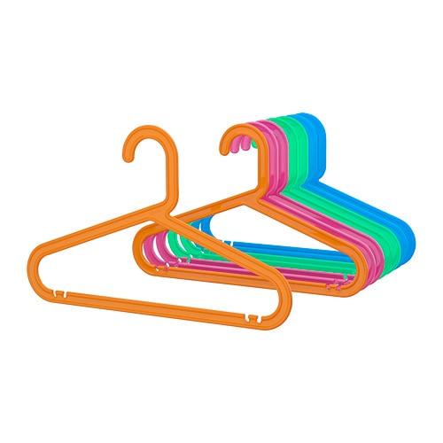 BAGIS 바기스 어린이옷걸이 IKEA 잘 휘어지는 플라스틱을 사용하여 파손의 위험성을 줄였습니다. 바지걸이와 스커트걸이, 셔츠걸이가 합쳐진 제품입니다.